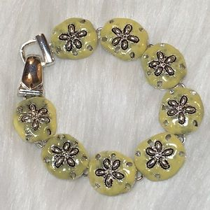 "Jewelry - Sand Dollar 7"" Pale Yellow & Silver Bracelet"